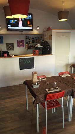 Fleurie, France: Nouveau bar
