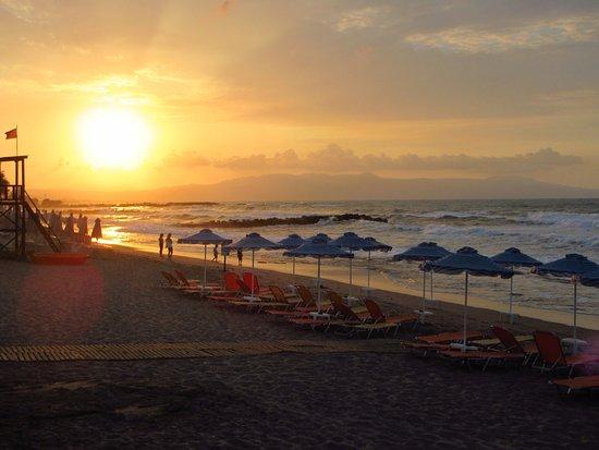 Hotel Marina Sands: Auringonlasku