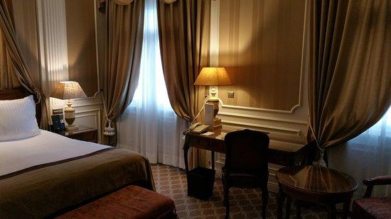 Gran Melia Fenix: Nice room