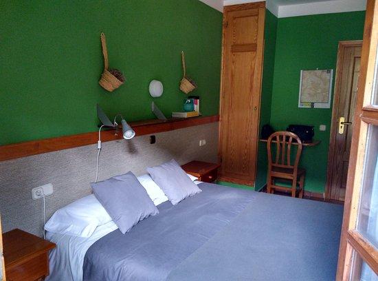 Hotel-Apartamentos de Montana Uson: IMG_20160925_144119_HDR_large.jpg
