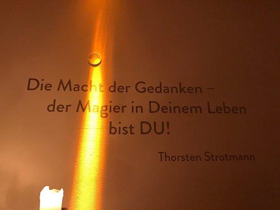 Strotmanns Magic Lounge: Strothmanns Magic Longue im Römerkastell in Stutgart