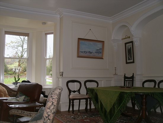 The Old Rectory Bed & Breakfast: Guest drawing room and dining area
