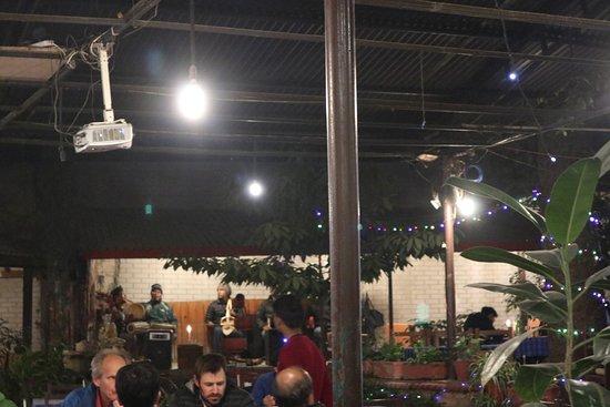 Northfield Cafe: good live music