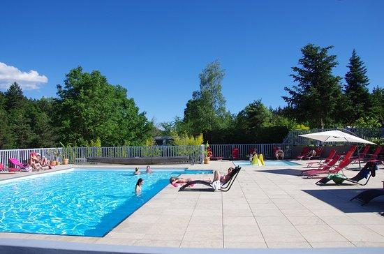 Camping la rochelambert le puy en velay frankrijk for Camping le puy en velay avec piscine