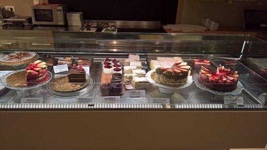 Vrhnika, Slowenien: nice selection of fine cakes