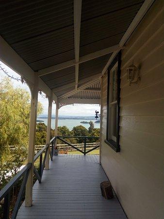 Kauri Villas: Beautiful views from the deck