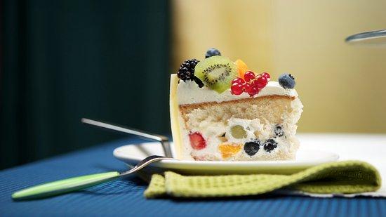 Bespoke Celebration Cakes For Any Party