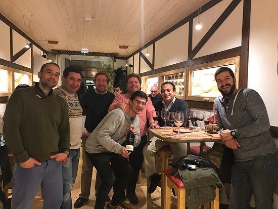 """Montemor-o-Novo, Portugal: """"Tapeando"""" com amigos..."""