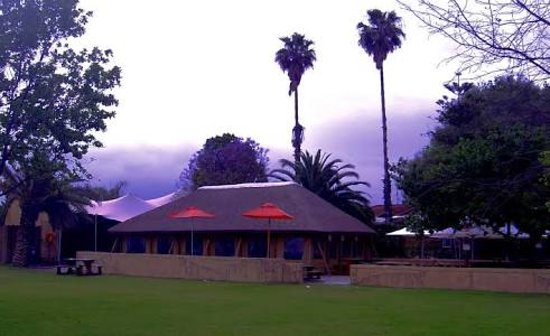 Brackenfell, Sudáfrica: The Palms Pub and Grill