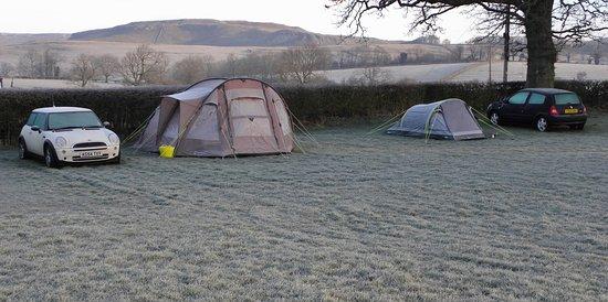 Austwick, UK: Frosty camping!