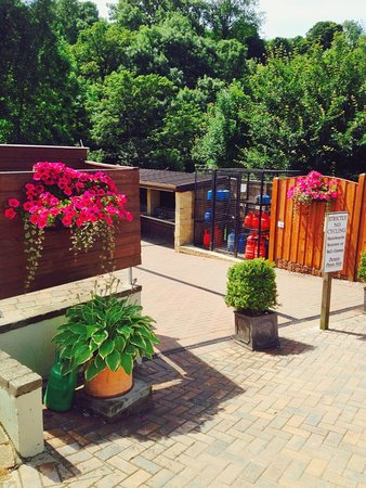 Hope, UK: summer, Laneside Caravan Park