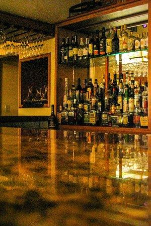 Tomaso's: The bar