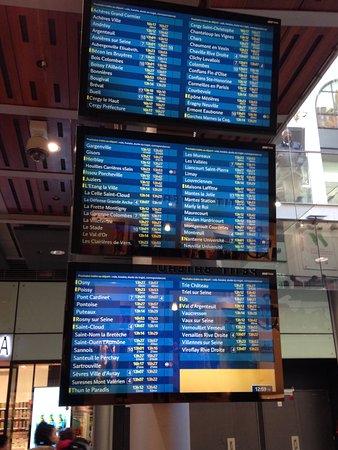 Belles Boutiques Photo De Gare Saint Lazare Paris Tripadvisor