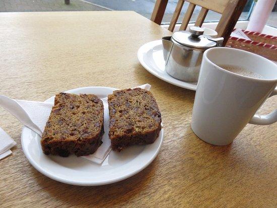 Kinghorn, UK: Tea and Teabread
