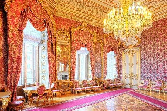 Beloselskiy-Belozerskiy Palace
