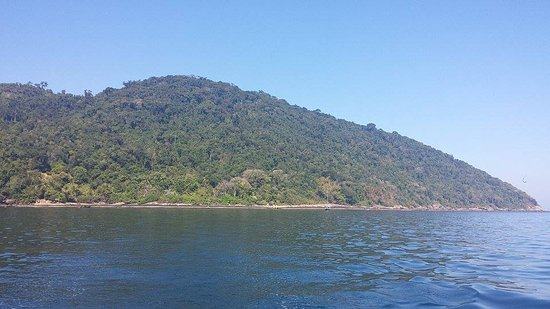 Abraao Cove: Local que abriga a Gruta do Acaiá.