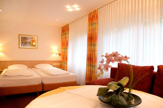 Mariaweiler Hof, Hotels in Düren