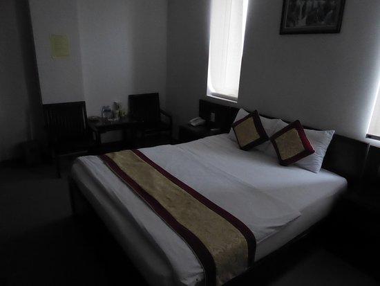 Asia Hotel : La habitación y la cama es lo mejor del hotel
