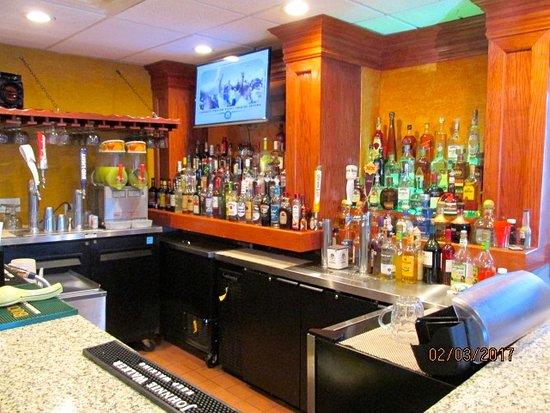 Eastpoint, FL: Bar