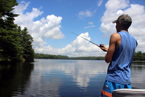 Verona, Canada: Enjoy the fantastic fishing at Depot Lakes!