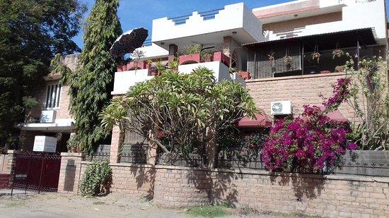 Nain's Kunj A Traveller's Home