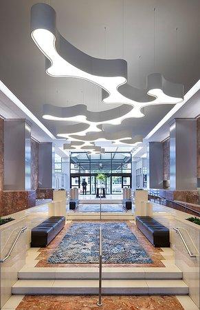 Washington Court Hotel on Capitol Hill: Inside Grand Entrance