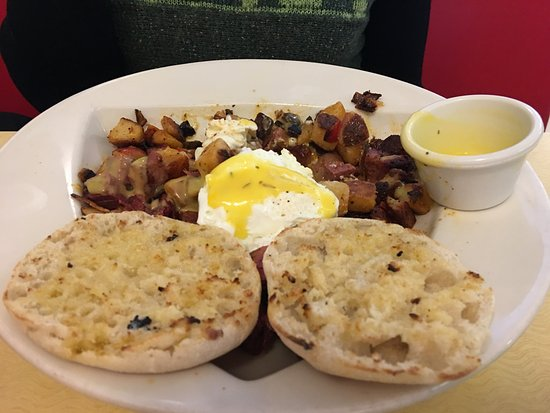 Poulsbo, WA: Corned beef hash, enough for two meals