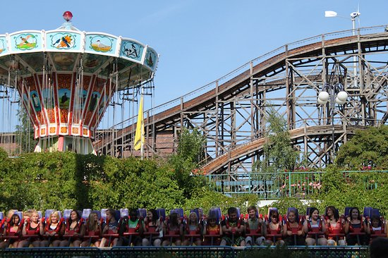 Linnanmaki Amusement Park : Linnanmäki roller coaster and other fun machines