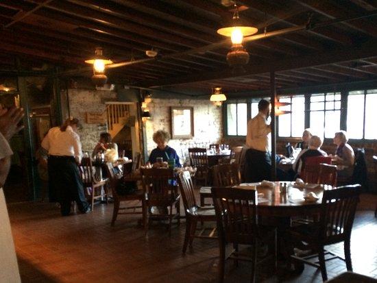 Bay St Restaurants Savannah Ga