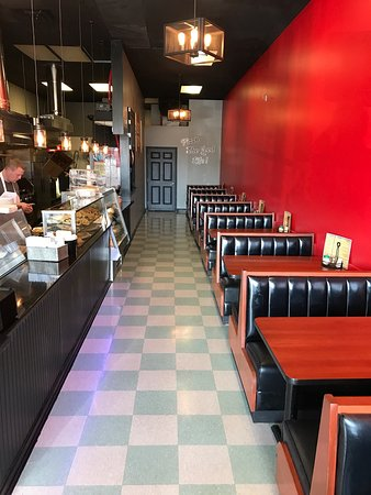 Spring Hill, TN: The new remodel looks great and we have more seating now !