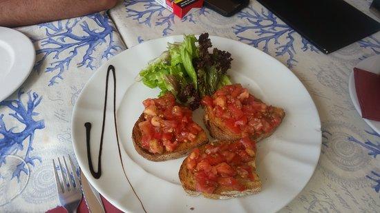 Sal Negra: Bruschette al pomodoro Frittura e grigliata mista di pesce ×2