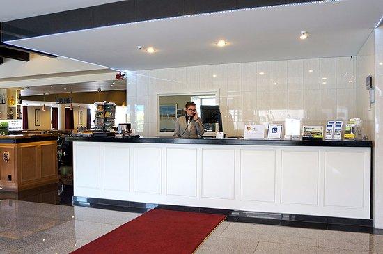 The Victoria Hotel Dunedin: Hotel Reception