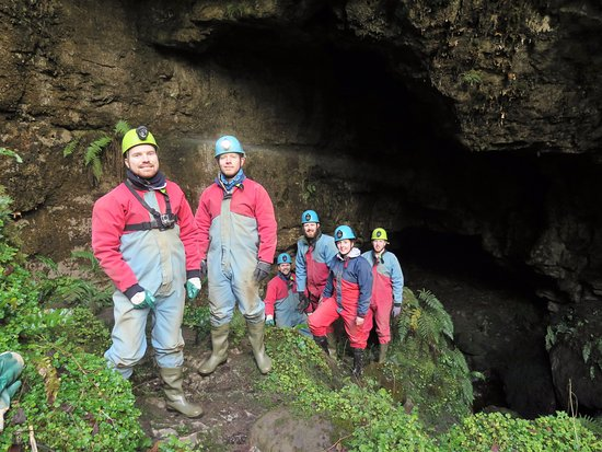 Belcoo, UK: Caving at the active centre.