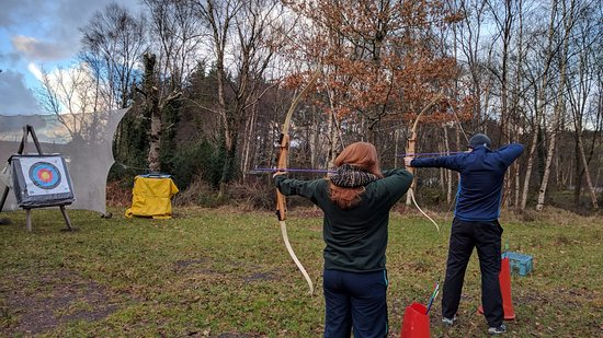 Belcoo, UK: Archery at the active centre.