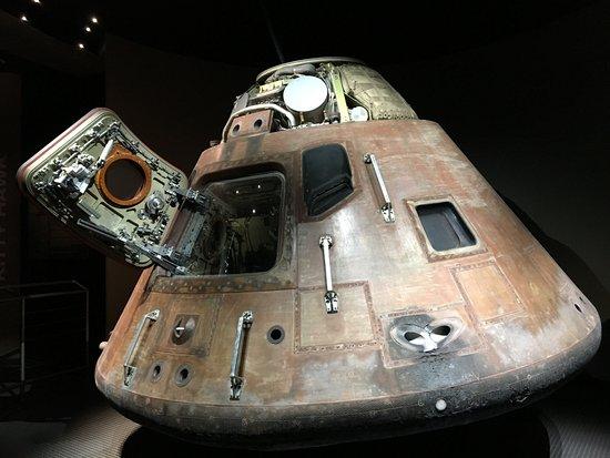 Florida Dolphin Tours: Cápsula del Apollo 11