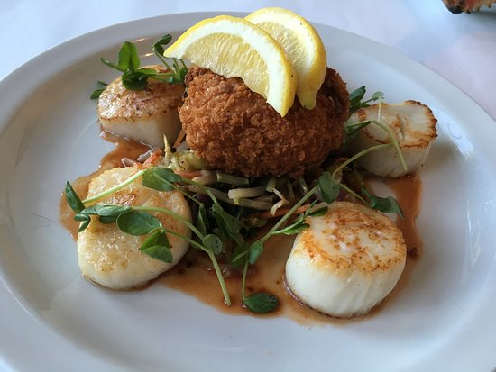 Baileys Harbor, WI: Perfectly seared, creamy scallops with risotto cake