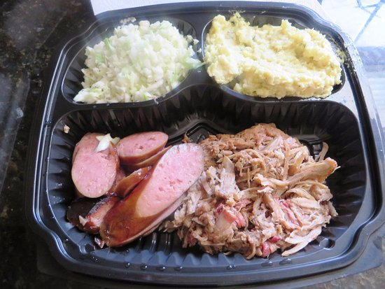 Big Daddy's Roadhouse BBQ: Sausage & Pulled Pork plate w/potato salad & cole slaw