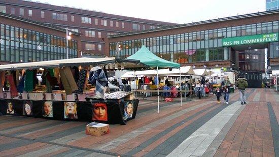Bos en Lommerplein Markt