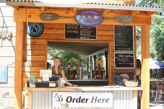 White Salmon, WA: Order here! Local Farm-to-table food items, cold drinks, local beer on tap, and local wines.