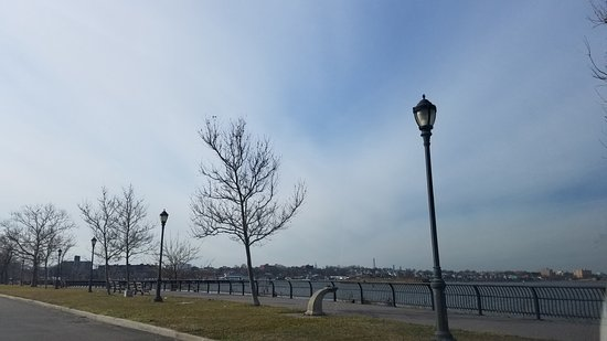 Flushing, Estado de Nueva York: water views