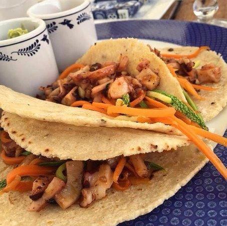 Baja Lobster Company : Tacos de camarón.