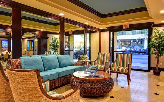 Empress Hotel: Lobby