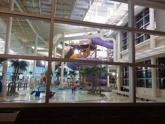 pool for kids - Picture of MacDonald Island Park, Fort ...