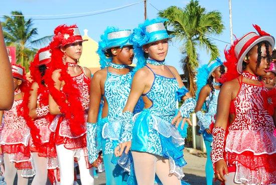 Bonaire Kids Parade Carmival