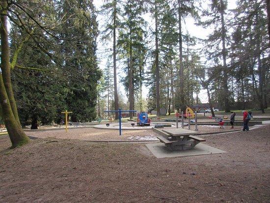 Queen's Park: Play Area