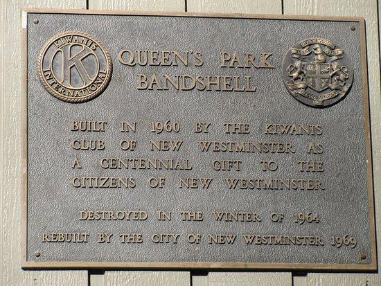Queen's Park: Bandstand Plaque