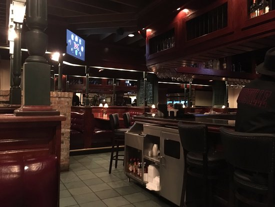 Charleston's : Bar Area