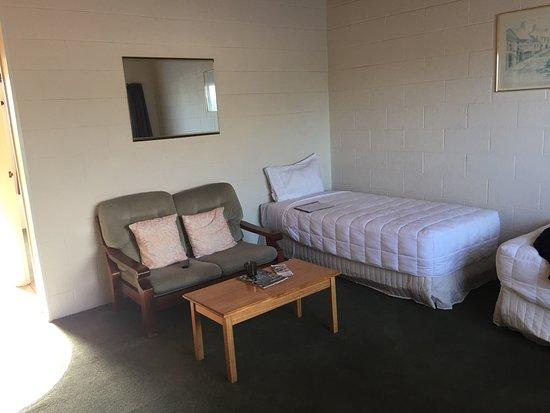 Coachman's Lodge: photo1.jpg