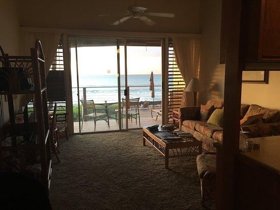 Hale Kai Oceanfront Condominiums: photo2.jpg