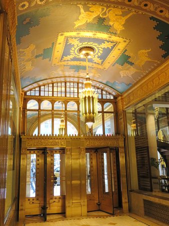 Fred F. French Building: The stunning art deco interior of Fred French Building (03/Feb/17).